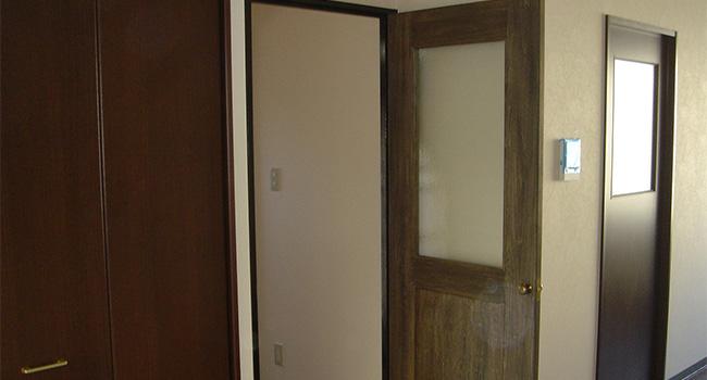 リフォーム後:古民家風ドア