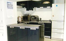 最新設備導入とダイニングキッチンとリビングをLDKにリフォーム後画像